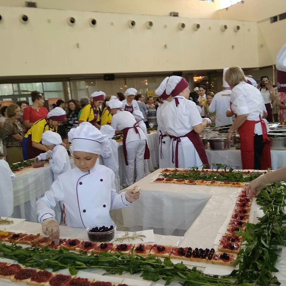 ВЧувашии дошколята приготовят самый длинный бутерброд РФ